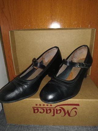Zapatos de flamenco N°35.