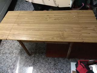 Mesa rectangular de comedor extensible