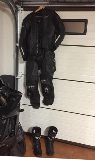Mono de cuero alpinestar y botas