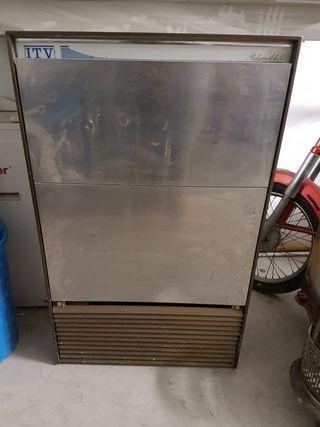 Máquina de hacer cubitos de hielo Itv 145