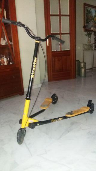 monopatín de 3 ruedas