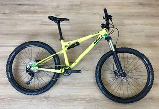 """Bicicleta KTM LYCAN 27,5"""" (NUEVA)"""