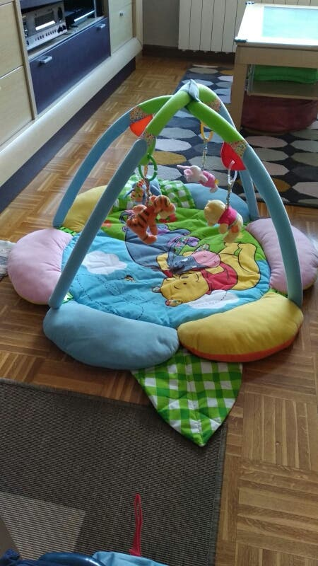 Manta y arco de actividades Disney para bebés
