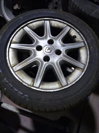 juego de llantas Renault megane