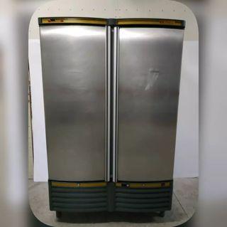 Frigorífico (Armario Refrigerador COMERSA)
