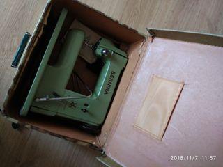 Maquina de coser Bernina
