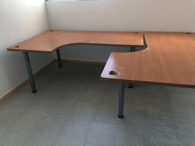 Mesas oficina L de segunda mano por 150 € en Barcelona en ...