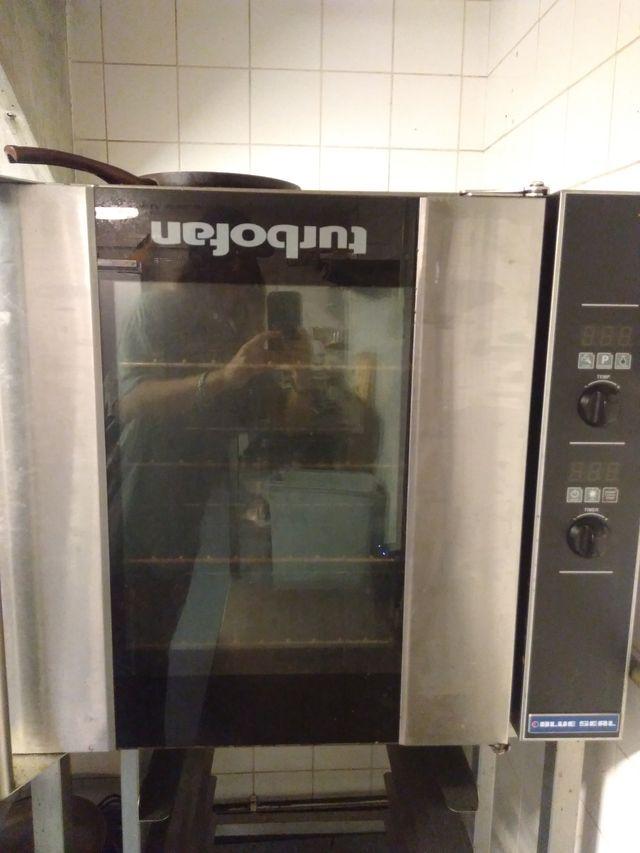 Oven Turbofan E32D4