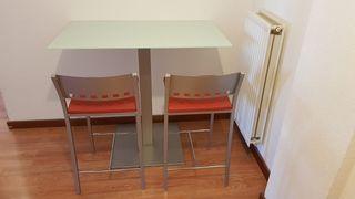 Mesa,cocina,salon