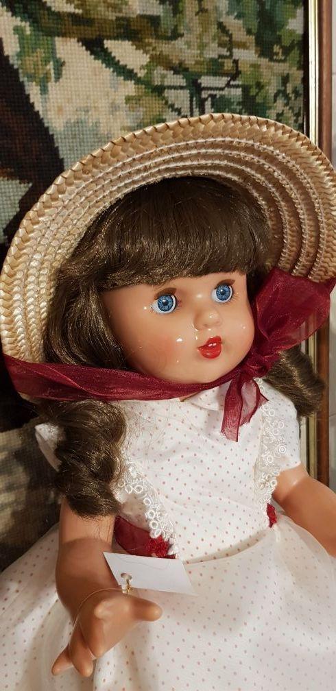 Mariquita Perez- vestido Escarlata.