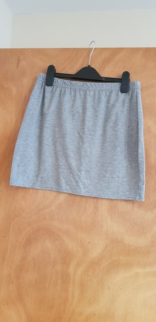 grey skirt size 14