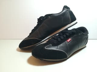 Zapatillas Levi's Negras