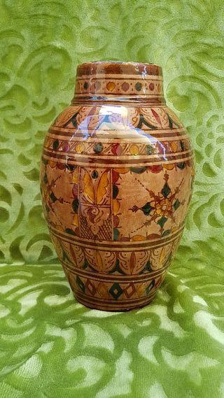 Jaron antiguo pintado a mano .Ceramica antigua.