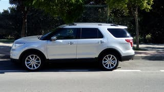 2014 Ford Explorer Limited. 2L. 240 HP.
