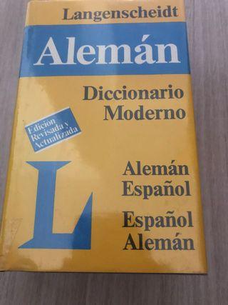 Diccionario Español - Alemán. Nuevo