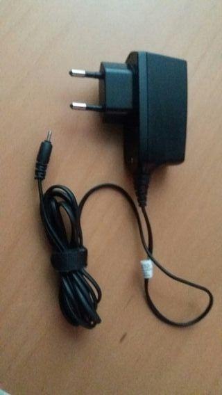 Cargador móvil Nokia original AC-4E