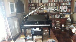 Piano de cola C. Bechstein