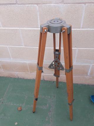 tripode para telescopio