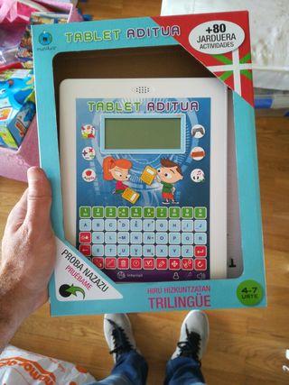 tablet aditua trilingue