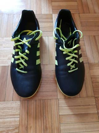 Botas fútbol Adidas talla 43