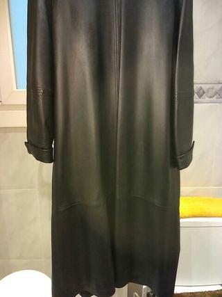 Abrigo de piel cuero