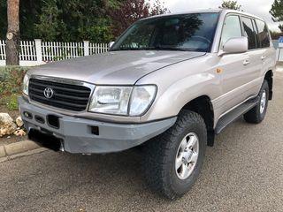 Toyota Land Cruiser 100 V8 1999