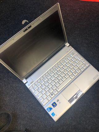 Portátil ultrabook Toshiba