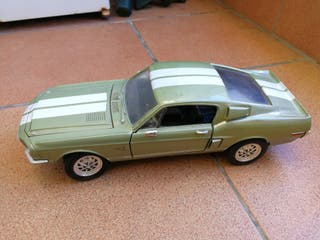 Maqueta coche Shelby Mustang GT500 '68