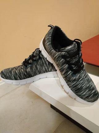 Zapatillas InSide NUEVAS