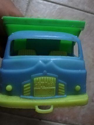 Camión volquete vintage