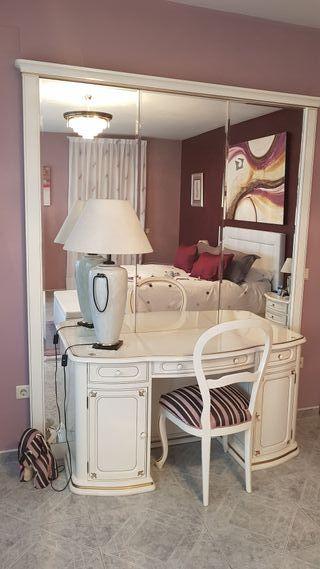 Dormitorio lacado en blanco alto brillo
