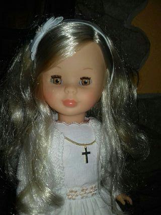 Muñeca Nancy , mi primera comunion.