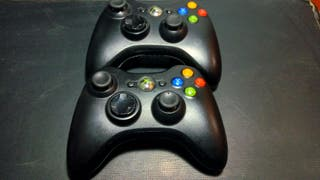 Xbox 250 Gb, kinect, 2Mandos inalámbricos y 4 buzz