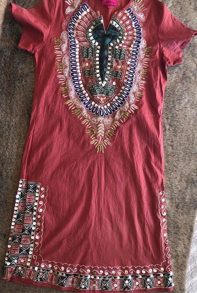 1be593512 Bantik kaftan joya bordado etnico BohoChic de segunda mano por 20 ...
