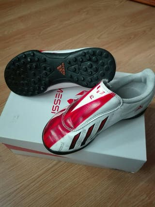 Botas fútbol Adidas t.29 velcro