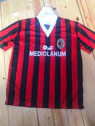 Camisetas talla M fútbol de segunda mano en Madrid en WALLAPOP 279a8680215b7