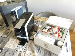 Cafetera Mitaca i8 + 50 cápsulas illy