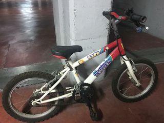 """Bicicleta 16"""" , prácticamente sin uso."""