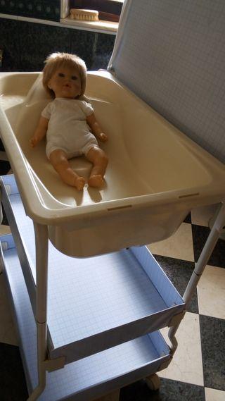 REGALO bañera-cambiador de bebé.
