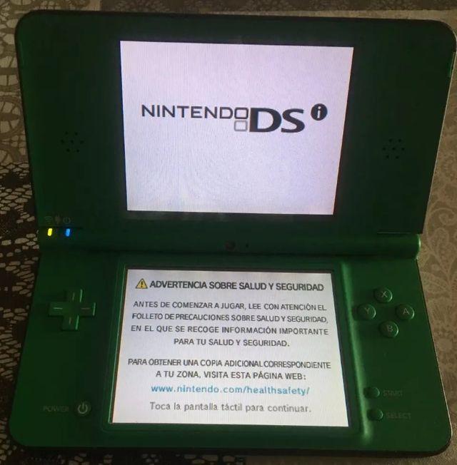 Nintendo Dsi Xl Con Bolsa Y 7 Juegos De Segunda Mano Por 39 En