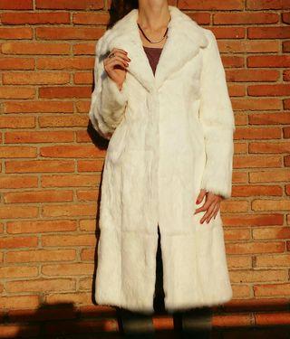 d8f808175cd Abrigo de piel Conejo de segunda mano en Barcelona en WALLAPOP