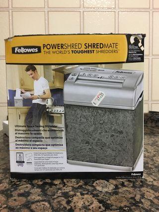 Máquina trituradora de documentos