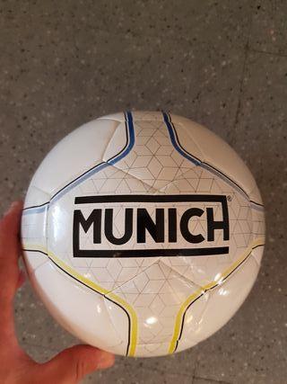 Balon munich futbol sala nuevo sin estrenar