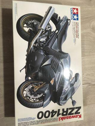 Maqueta kawasaki zzr1400