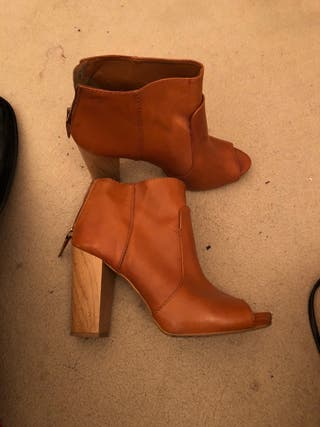 Leather shoes Zara s7