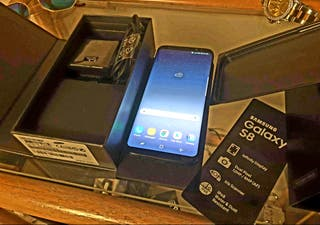 Samsung Galaxy S8, 64 GB, Black, Unlocked, Boxed