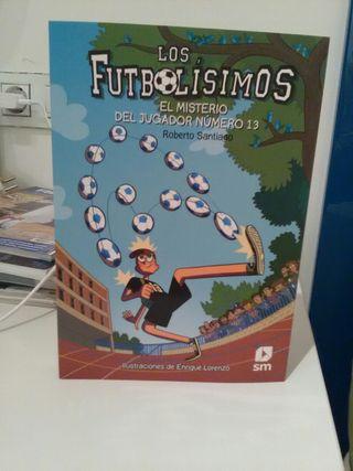 Libro juvenil. Futbolisimos. Nuevo