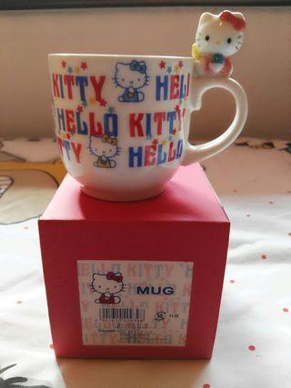 Taza cerámica Hello Kitty nueva con caja