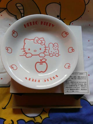 Plato cerámica Hello Kitty importado de Japón.