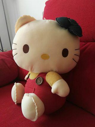 Peluche Hello kitty importado de Japón. Nuevo
